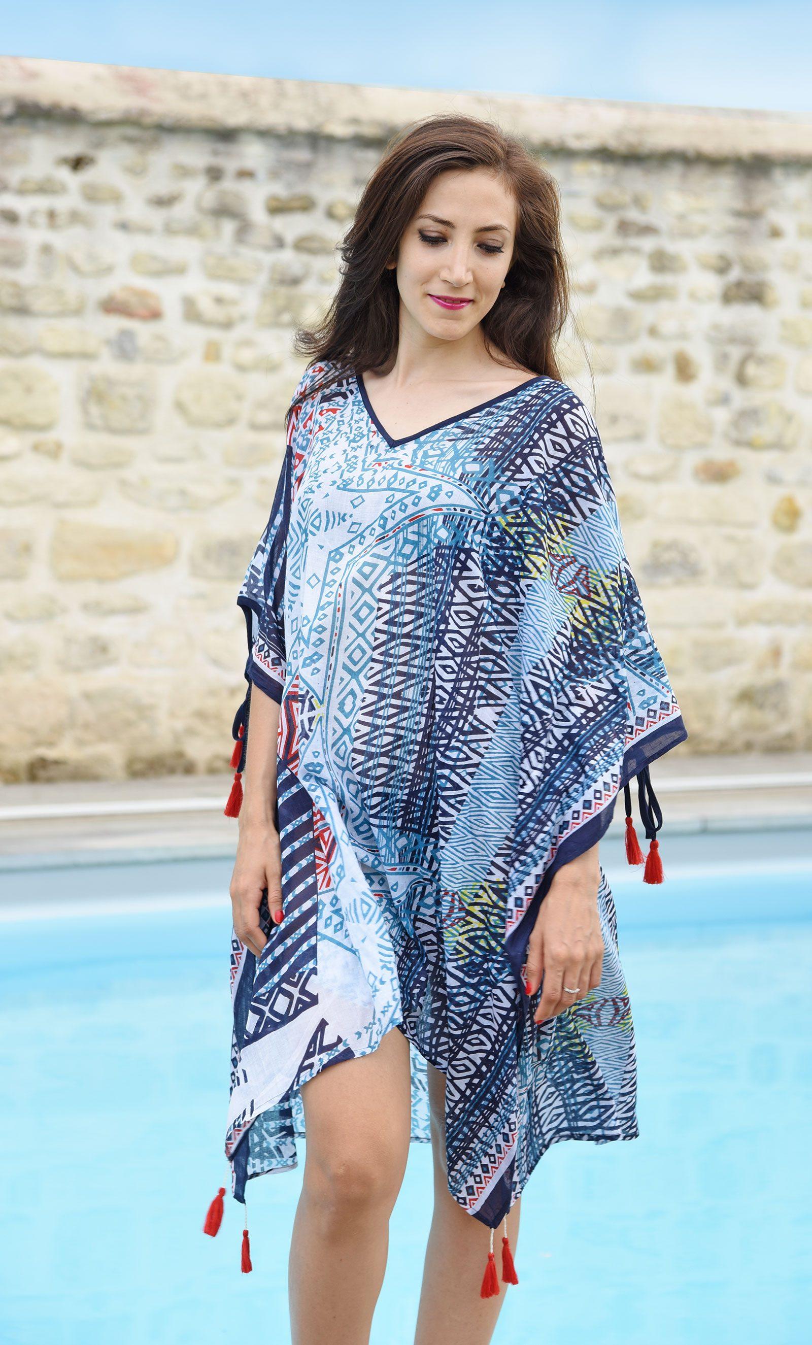 http://lookbook.allee-du-foulard.fr/wp-content/uploads/2018/06/0674-ADF-Accessoires-de-mode-LB-Estival-tunique-3-1600x2650.jpg