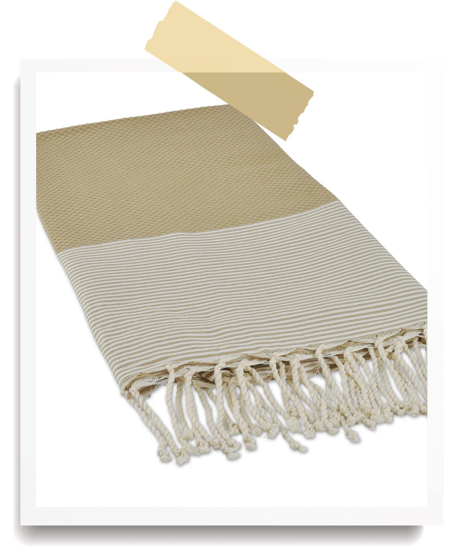 http://lookbook.allee-du-foulard.fr/wp-content/uploads/2018/06/0680-ADF-Accessoires-de-mode-LB-Soldes-Ete-fouta-beige-1600x1930.jpg