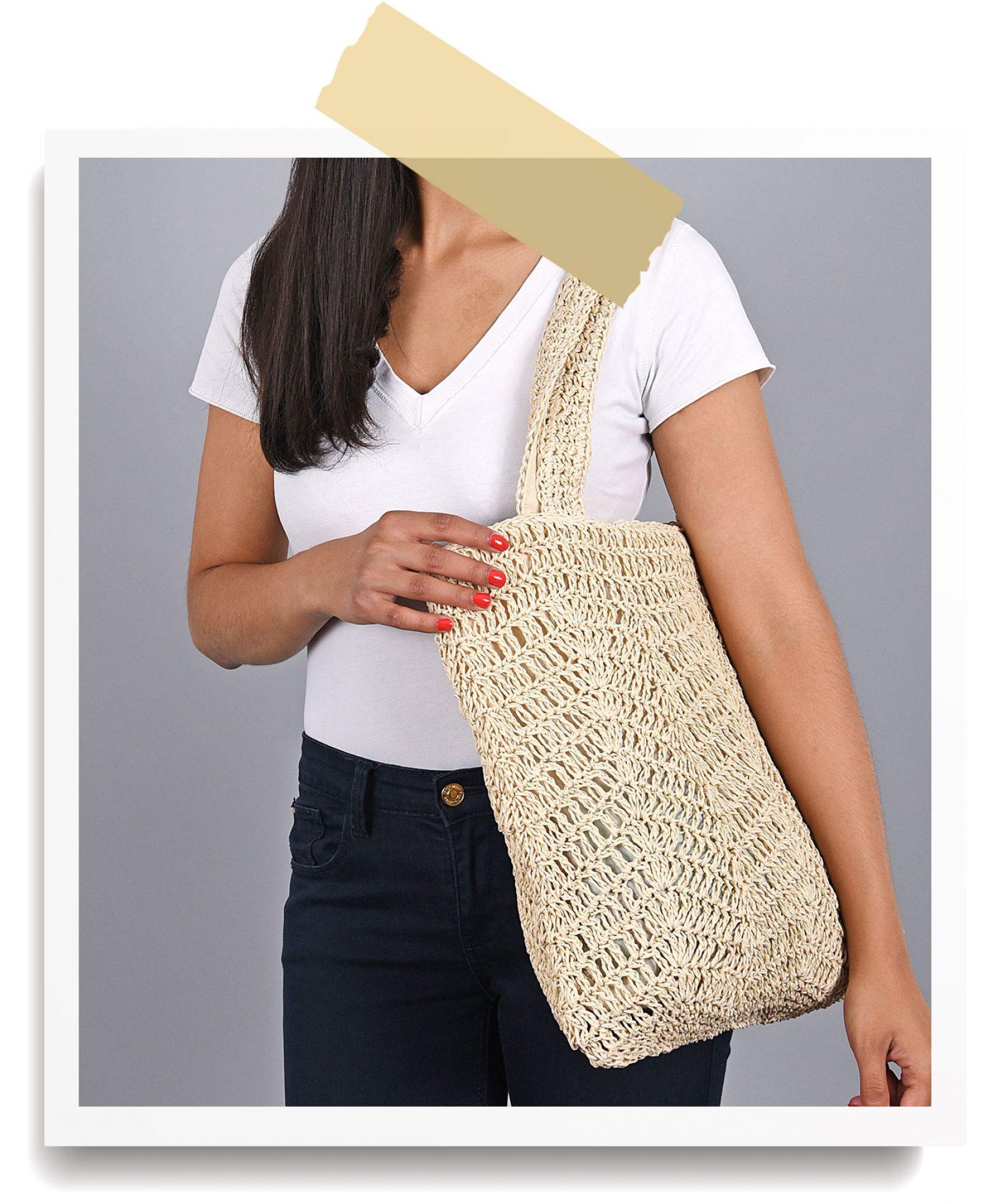 http://lookbook.allee-du-foulard.fr/wp-content/uploads/2018/06/0680-ADF-Accessoires-de-mode-LB-Soldes-Ete-sac-pizco-1600x1930.jpg