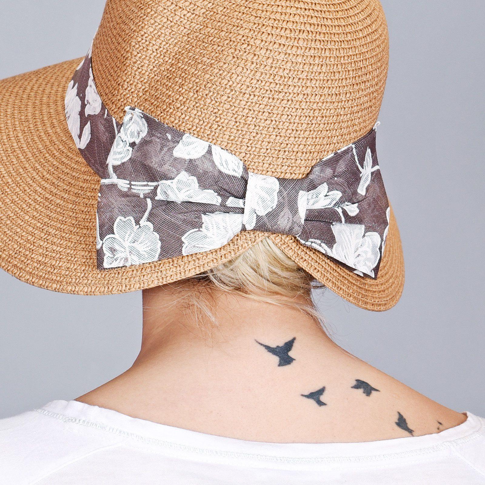 http://lookbook.allee-du-foulard.fr/wp-content/uploads/2018/06/CP-00908-VF16-3-chapeau-de-paille-femme-beige-ruban-gris-1600x1600.jpg