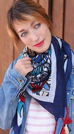 http://lookbook.allee-du-foulard.fr/wp-content/uploads/2018/08/0676-ADF-Accessoires-de-mode-LB-Mixandmatch-maquette_zoom-1-313x560.jpg