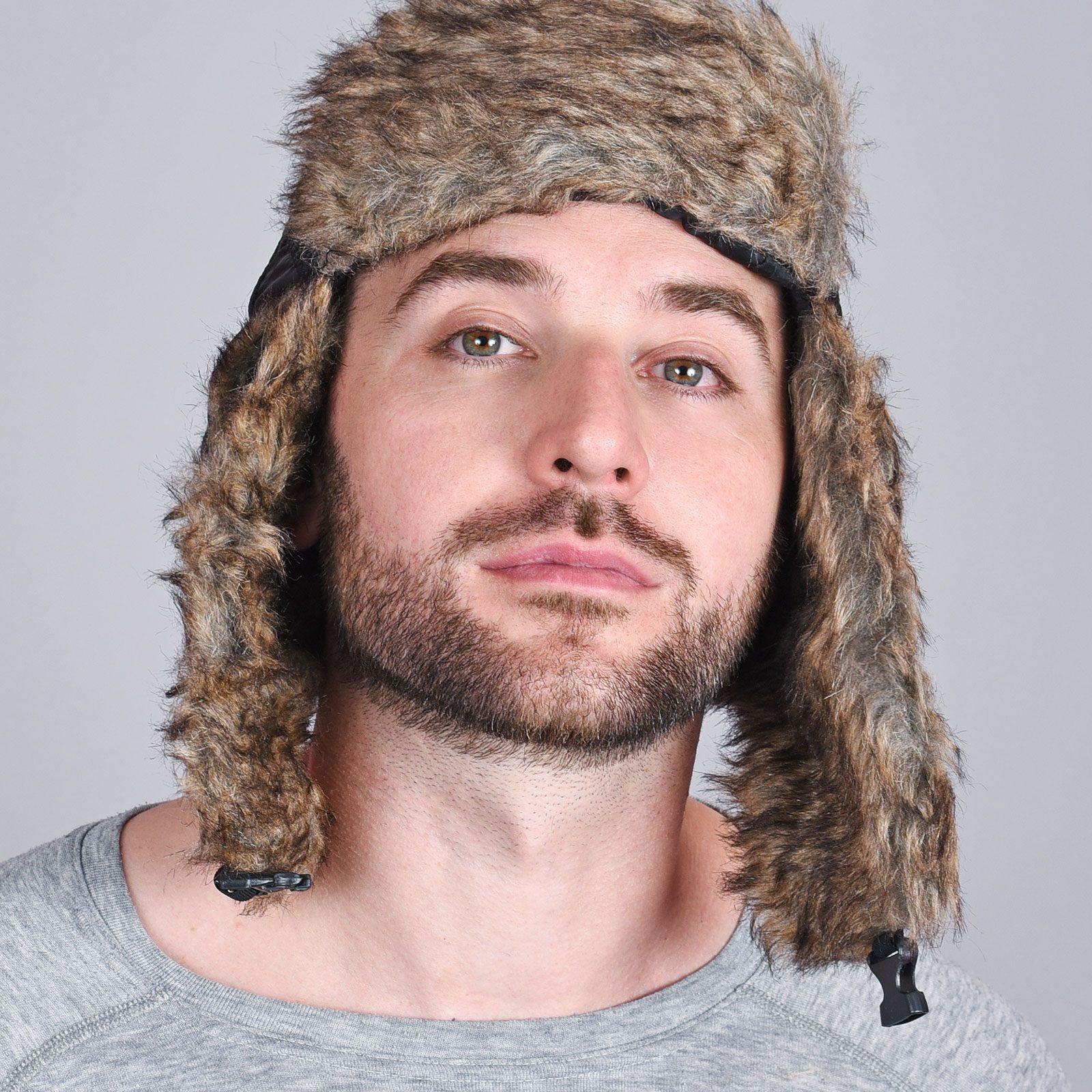 http://lookbook.allee-du-foulard.fr/wp-content/uploads/2018/11/CP-00137-VH16-2-chapka-homme-noire-1600x1600.jpg