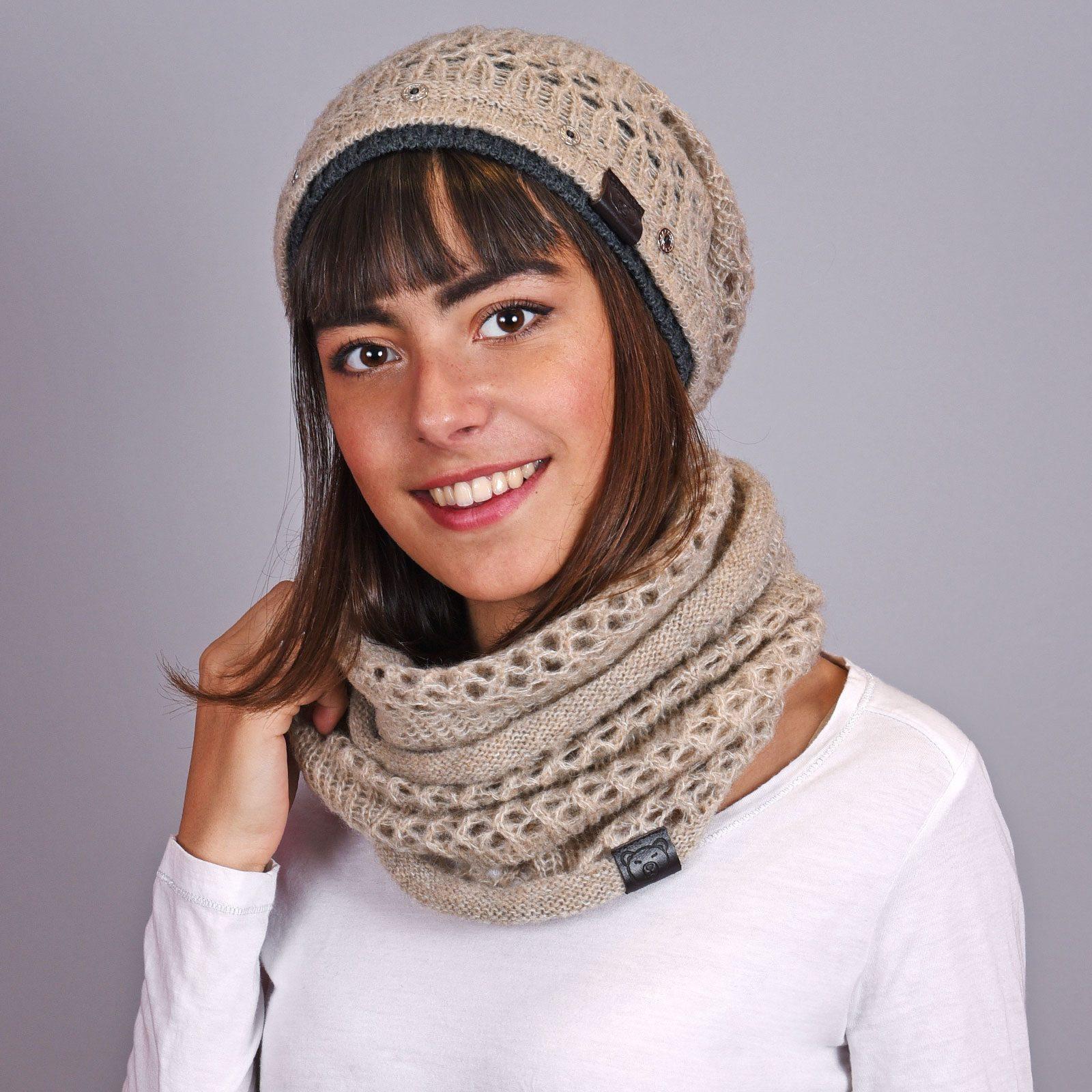 http://lookbook.allee-du-foulard.fr/wp-content/uploads/2018/12/AT-04594-VF16-snood-et-bonnet-taupe-1600x1600.jpg